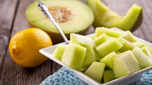 Все о дыне: это ягода или фрукт, полезные свойства, витамины, откуда родом
